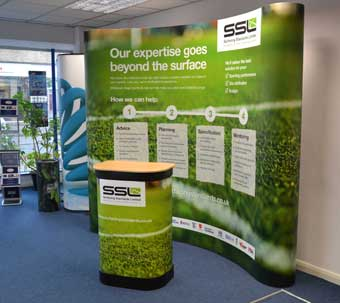 3x3 Curved Popup Stand